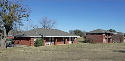 Weatherford Multi Family Home Active Contingent: 213 Joyce