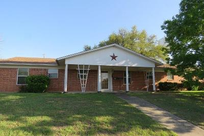 Granbury Single Family Home For Sale: 1117 Walters Drive