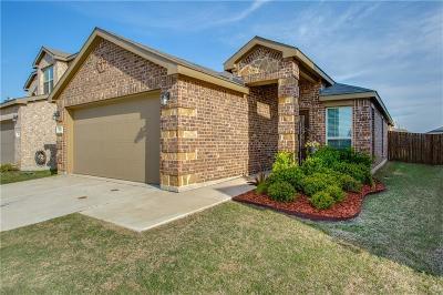 Aubrey Single Family Home For Sale: 8709 Tenderfoot Lane