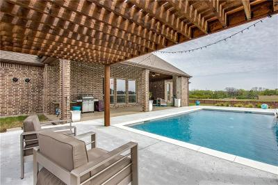 Trophy Club Single Family Home For Sale: 2814 Trophy Club Drive