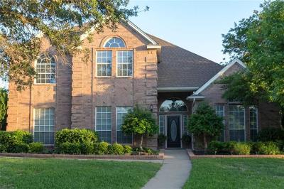 Keller Single Family Home For Sale: 1604 Brentwood Trail