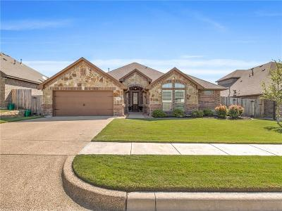 Benbrook Single Family Home For Sale: 7225 Tour Trail