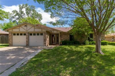 Burleson Single Family Home For Sale: 772 Charlyne Drive