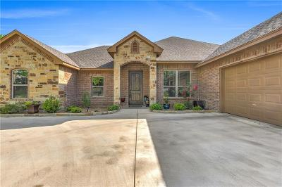 Granbury Single Family Home Active Kick Out: 8922 Brierfield Court