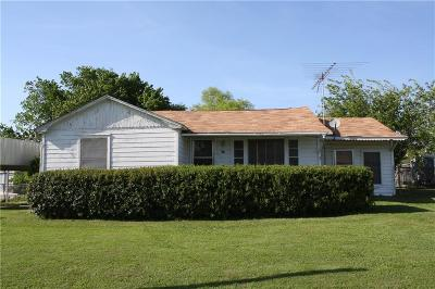 Navarro County Single Family Home For Sale: 102 W South Front Street
