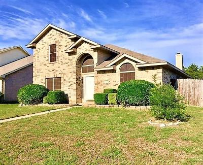 Cedar Hill Single Family Home For Sale: 310 Kirk Lane
