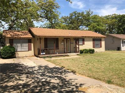 Haltom City Single Family Home For Sale: 3929 Rusty Dell Street