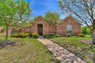 Benbrook Single Family Home For Sale: 5541 La Bandera Trail