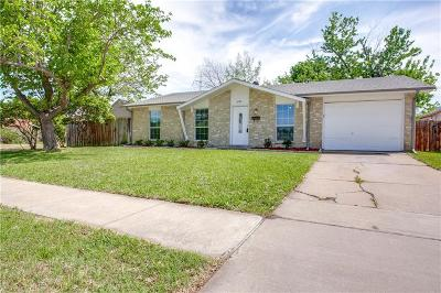 Garland Single Family Home Active Option Contract: 5126 Preston Trail