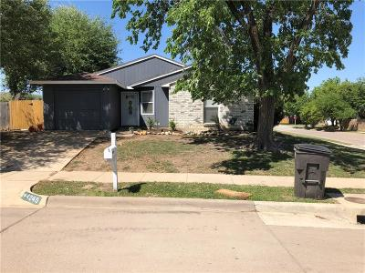 Single Family Home For Sale: 4245 Spindletree Lane