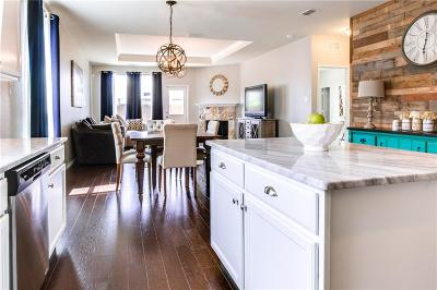 Fort Worth Single Family Home For Sale: 8933 Puerto Vista Drive
