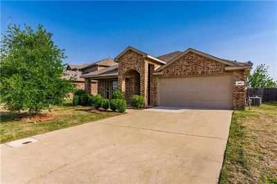 Forney Single Family Home For Sale: 206 Freedom Trail