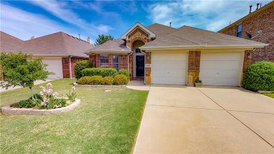 Fort Worth Single Family Home For Sale: 15652 Landing Creek Lane