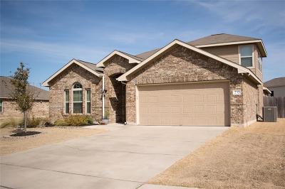 Waco Single Family Home For Sale: 237 Oak Meadow Trail