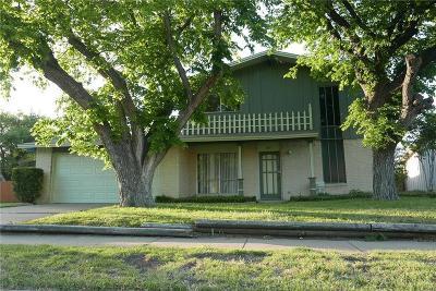 Garland Single Family Home For Sale: 3713 Bobbie Lane