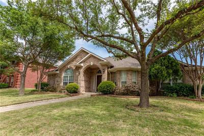 Garland Single Family Home For Sale: 719 Yaupon Drive