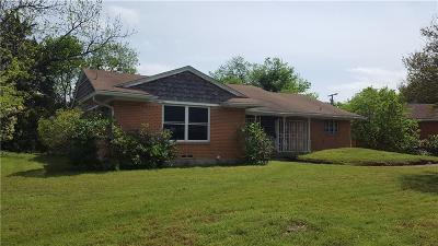 Dallas Single Family Home For Sale: 914 Channing Circle