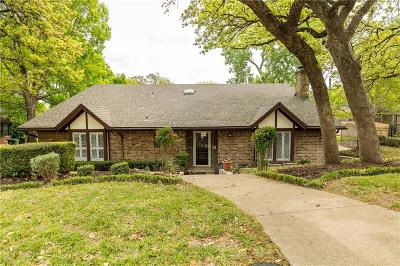Arlington Single Family Home For Sale: 2715 Butler Drive