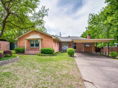 Dallas Single Family Home For Sale: 8811 Rolling Rock Lane