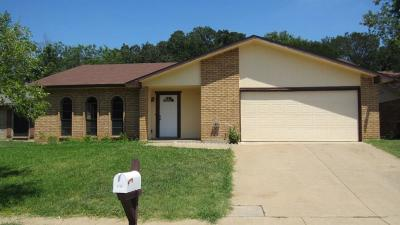 Arlington Single Family Home For Sale: 4709 Woodfield Drive