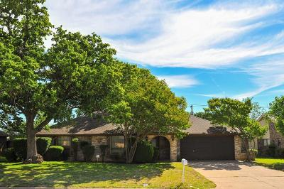 Arlington Single Family Home For Sale: 5709 Calumet Drive