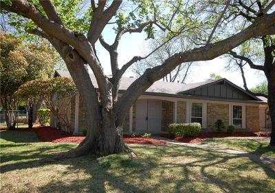 Plano Single Family Home For Sale: 2800 Royal Oaks Drive