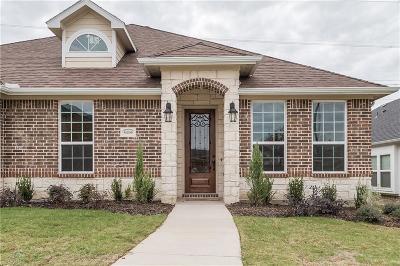 Garland Single Family Home For Sale: 6806 Christina Lane