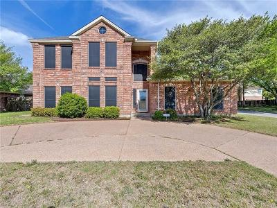 Benbrook Single Family Home Active Option Contract: 1224 S Timberline Drive