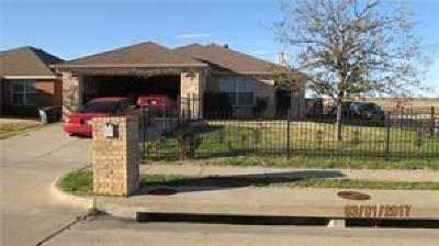 Fort Worth Residential Lease For Lease: 9900 Sparrow Hawk Lane