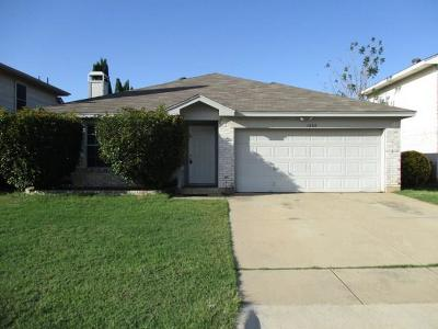 Fort Worth Residential Lease For Lease: 1800 Whispering Cove Trail