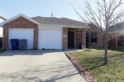 Dallas Single Family Home For Sale: 13806 Creek Crossing