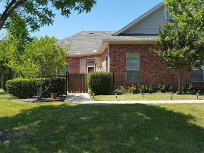 Fort Worth Condo For Sale: 3221 Rosehaven Drive #1510