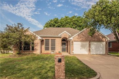 Arlington Single Family Home For Sale: 6238 St Leonard Drive