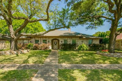 Richardson Single Family Home For Sale: 1413 Flintwood Drive