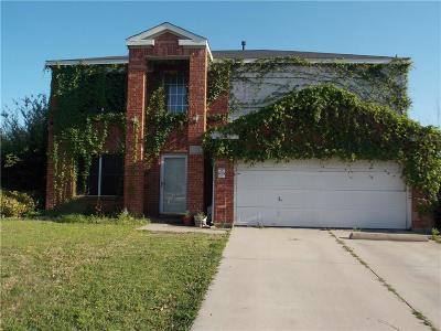 Denton Single Family Home For Sale: 921 Springcreek Drive