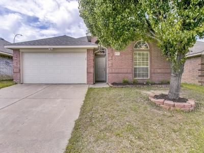 Arlington Single Family Home For Sale: 6712 Pax Court