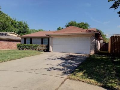 Watauga Single Family Home For Sale: 5925 Kary Lynn Drive S