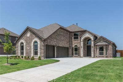 Forney Single Family Home For Sale: 413 Llano Drive