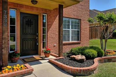 Fort Worth Single Family Home For Sale: 7332 Chambers Lane