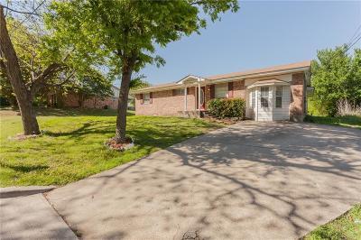 Ennis Single Family Home For Sale: 303 N Caesar Street