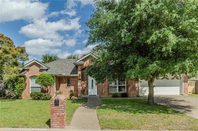 Arlington Single Family Home For Sale: 6207 Suffolk Drive