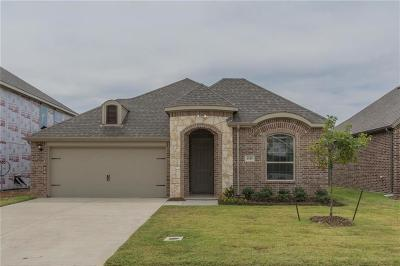 Kennedale Single Family Home For Sale: 1345 Mountain View Lane