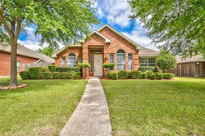 Allen Single Family Home For Sale: 1821 Lake Falcon Drive