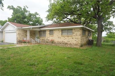 Joshua Single Family Home For Sale: 108 Veatch Street