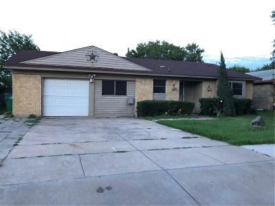 Watauga Single Family Home For Sale: 6704 McCoy Drive