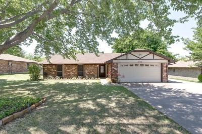 Grapevine Single Family Home For Sale: 905 Kings Canyon Drive