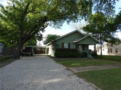 Garland Single Family Home For Sale: 809 W Avenue F