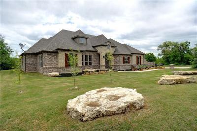 Azle Single Family Home For Sale: 115 Woodlot Lane