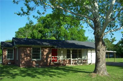 Grand Saline Single Family Home Active Contingent: 815 Spring