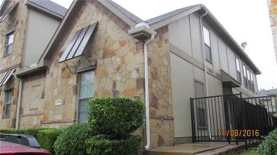 Townhouse For Sale: 8700 Paradise Drive